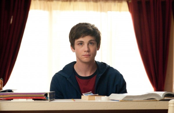 Un primo piano di Logan Lerman in The Perks of Being a Wallflower