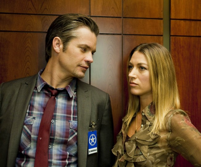 Justified: Timothy Olyphant e Natalie Zea nell'episodio The Life Inside