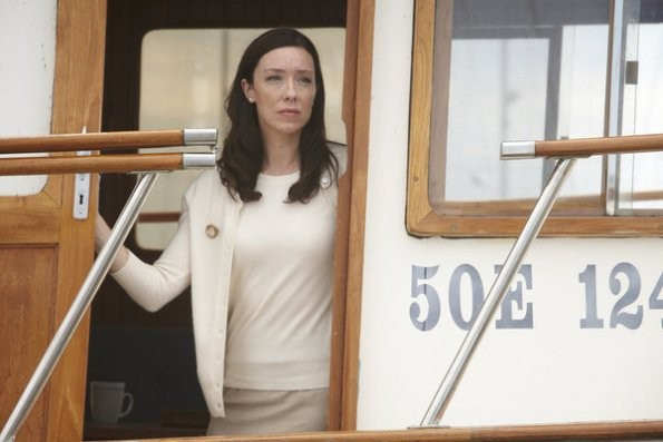 The Firm: Molly Parker nell'episodio Chapter 4