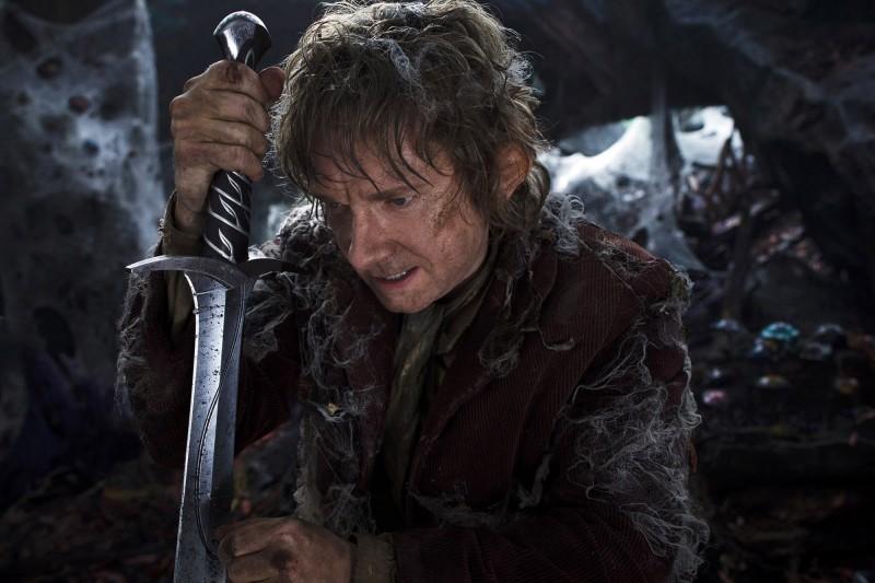 Bilbo avvolto dalle ragnatele in una scena di The Hobbit: An Unexpected Journey