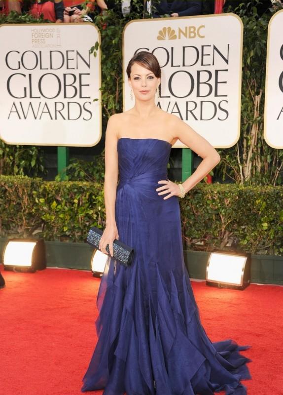 Golden Globes 2012: Berenice Bejo di The Artist sul tappeto rosso