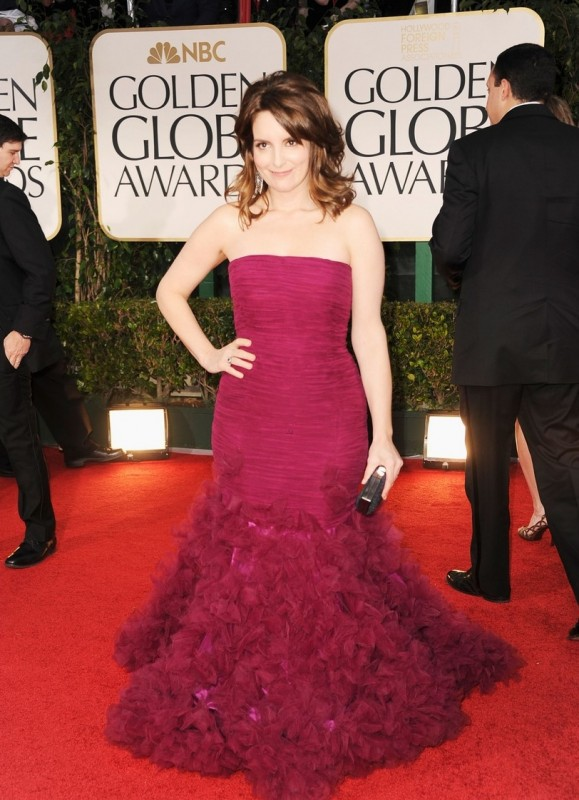 Golden Globes 2012: Tina Fey, protagonista di 30 Rock, sul tappeto rosso