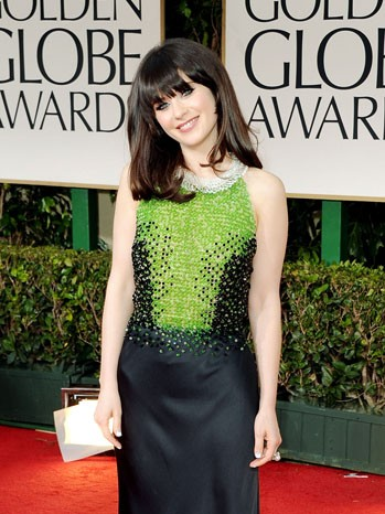 Golden Globes 2012: Zooey Deschanel, protagonista di New Girl, sul tappeto rosso