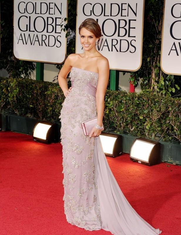 Jessica Alba sul red carpet dei Golden Globes 2012