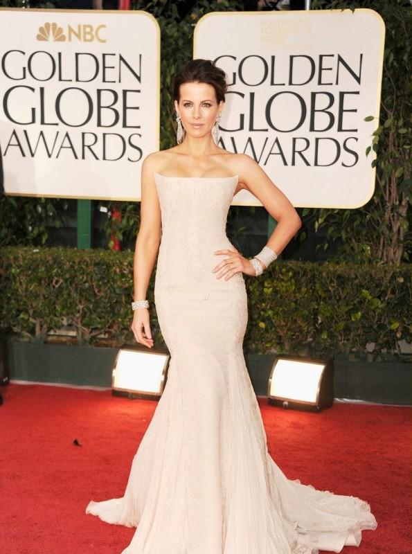 Kate Beckinsale sul tappeto rosso dei Golden Globes 2012