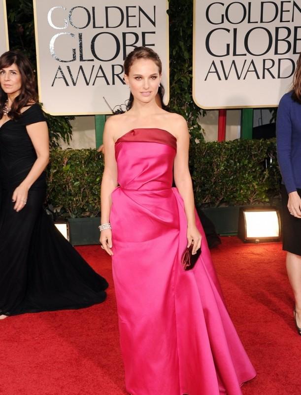 Natalie Portman sul tappeto rosso dei Golden Globes 2012