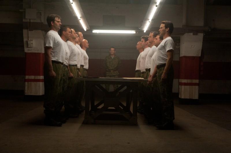The Double: Stephen Moyer in una scena di gruppo tratta dal film