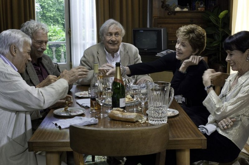 Claude Rich, Geraldine Chaplin, Jane Fonda, Guy Bedos, Pierre Richard in And If We All Lived Together