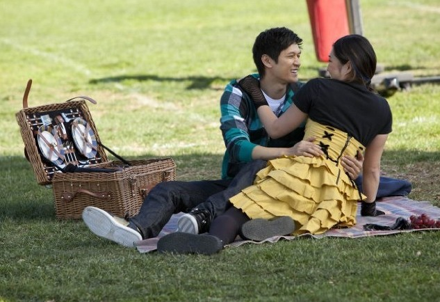 Glee: Jenna Ushkowitz e Harry Shum jr. in una scena dell'episodio Sì/ No