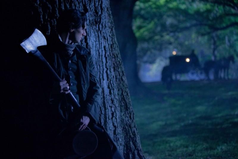 Abraham Lincoln: Vampire Hunter, Benjamin Walker in una scena del film