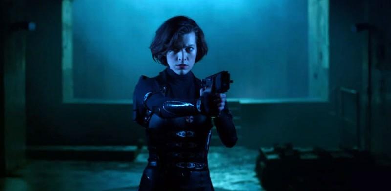 Milla Jovovich è Alice in una scena di Resident Evil: Retribution