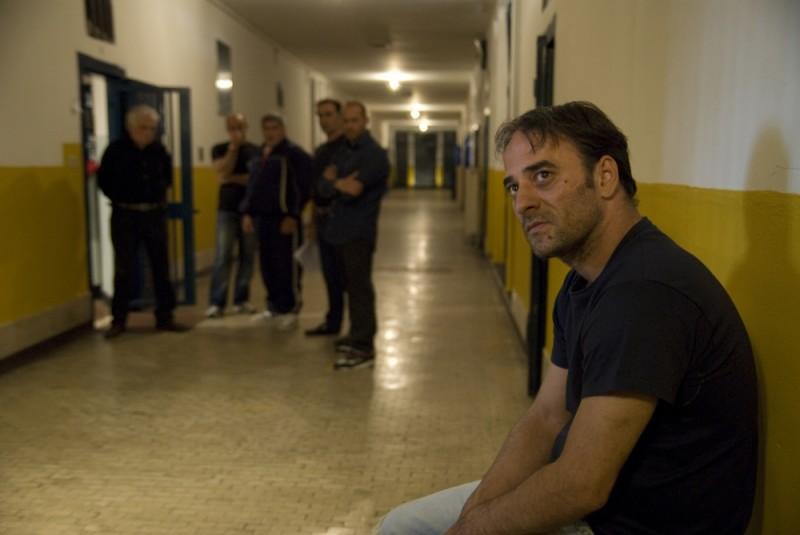 Cesare deve morire: Salvatore Striano in una scena del film