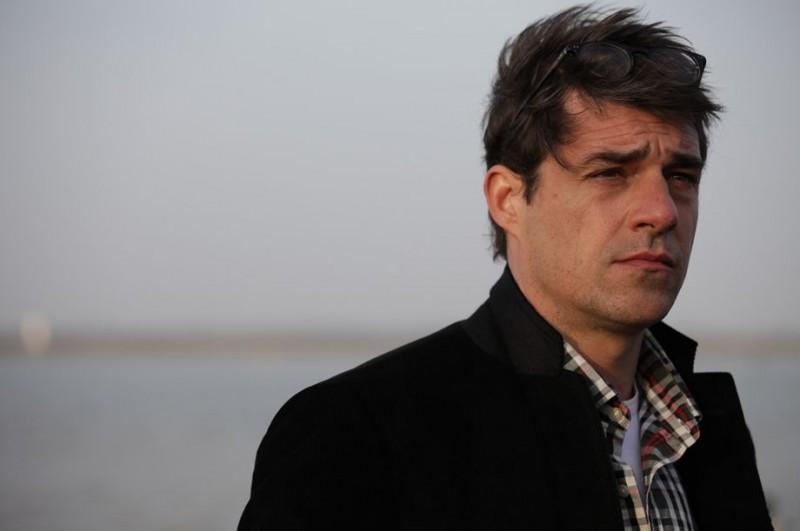 Thierry Neuvic nel dramma Les papas du dimanche del 2012
