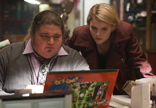 Alcatraz: Jorge Garcia e Sarah Jones nell'episodio Guy Hastings
