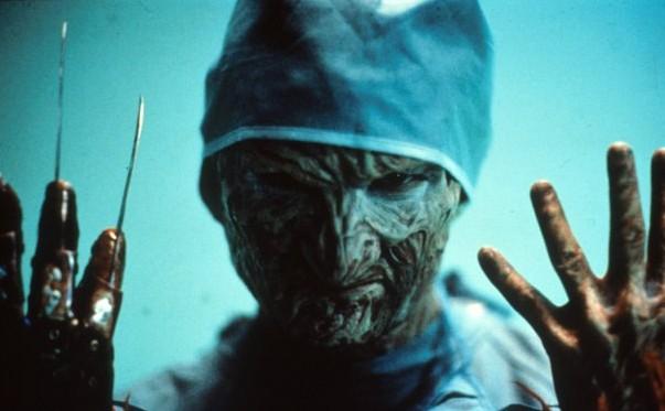 Robert Englund è Freddy-chirurgo in Nightmare 4 - il non risveglio