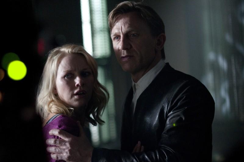 Daniel Craig in una scena del thriller Dream House con Naomi Watts