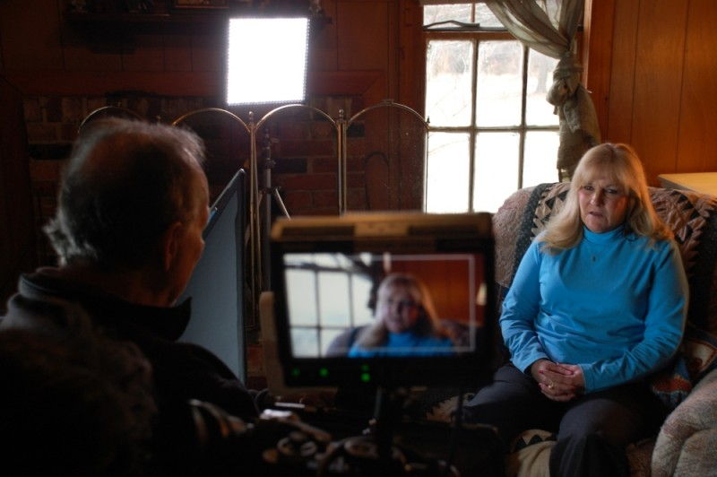 Death Row: Jannice Barnes, moglie del condannato a morte James Barnes, intervistata da Werner Herzog in una scena del documentario