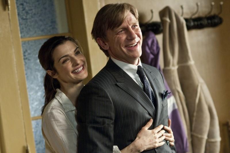 Rachel Weisz e Daniel Craig, sono marito e moglie in una scena di Dream House