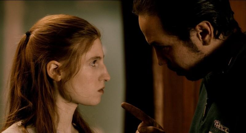 À moi seule: Agathe Bonitzer e Reda Kateb in una scena del film