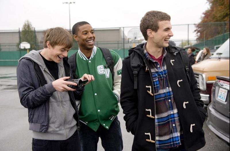 Dane DeHaan nel film Chronicle con Alex Russell e Michael B. Jordan