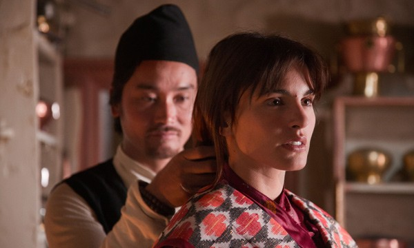 Verónica Echegui è la protagonista del film Katmandú, un espejo en el cielo, del 2011