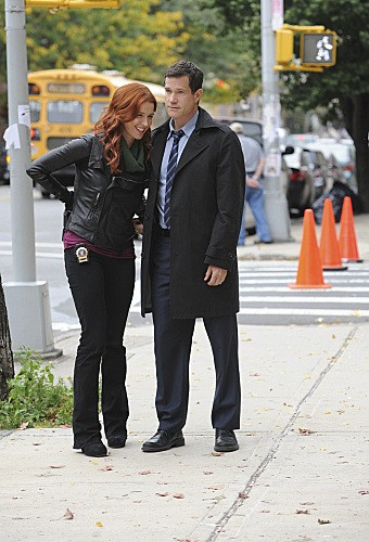 Unforgettable: Dylan Walsh e Poppy Montgomery nell'episodio Lost Things