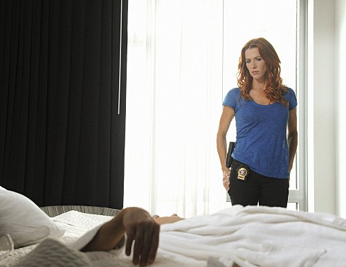 Unforgettable: Poppy Montgomery nell'episodio Check Out Time