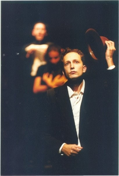 Mario Massaro a teatro con 'Olio'