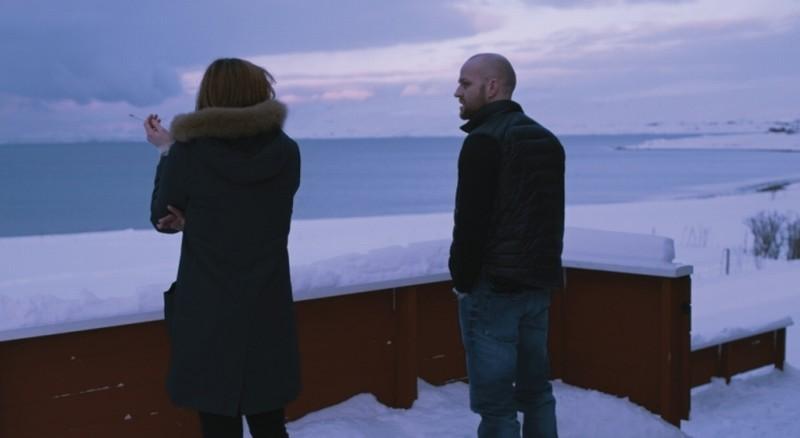 Mercy: Birgit Minichmayr insieme a Jürgen Vogel in una scena del film