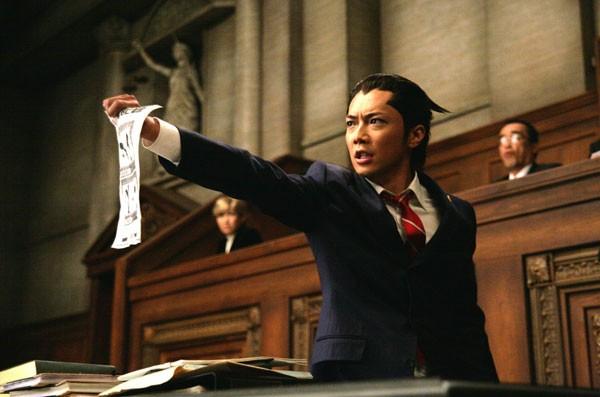Una scena di Gyakuten Saiban di Takashi Miike