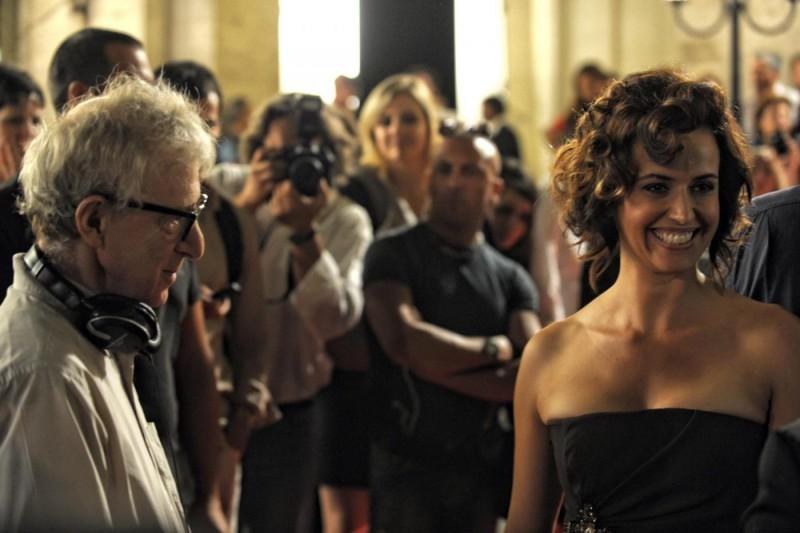 Marta Zoffoli sul set di Nero Fiddled accanto a Woody Allen