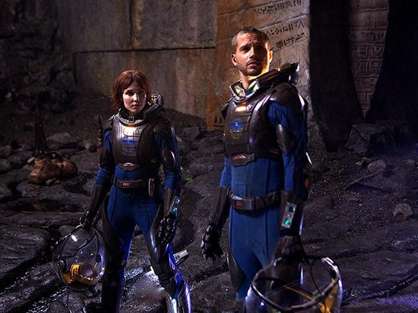 Noomi Rapace e Logan Marshall-Green nel pianeta sconosciuto di Prometheus
