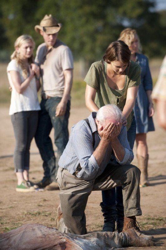 The Walking Dead: Scott Wilson e Lauren Cohan in una scena dell'episodio Nebraska