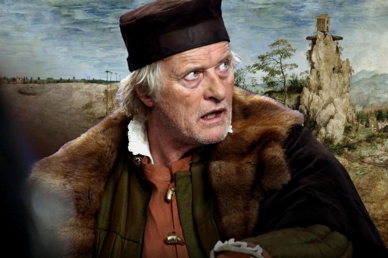 I colori della passione: Rutger Hauer è Pieter Bruegel, in una scena del film