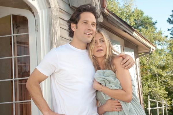 Jennifer Aniston con Paul Rudd in Nudi e Felici