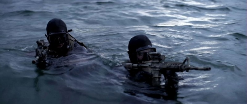 Una sequenza in acqua del film Act of Valor