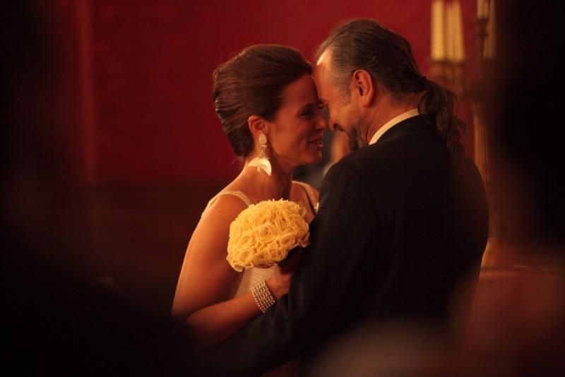 Aitana Sánchez-Gijón in una scena del film Gli sfiorati con Massimo Popolizio