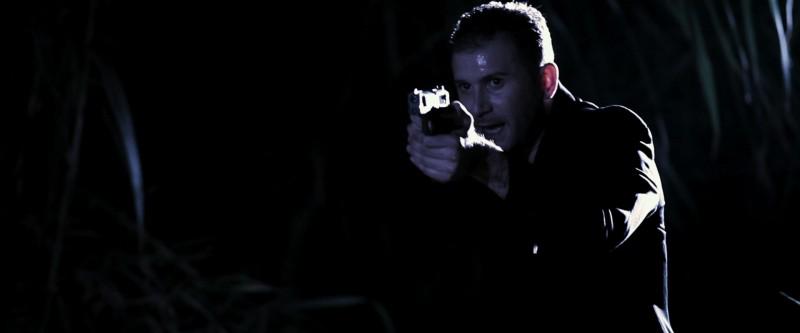Emanuele Leone in una scena del film Native