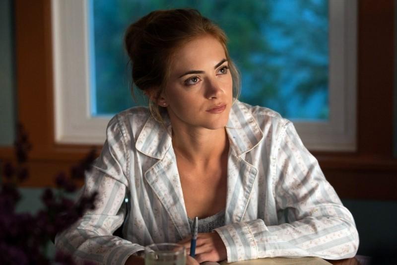 Emily Wickersham in una scena di Gone