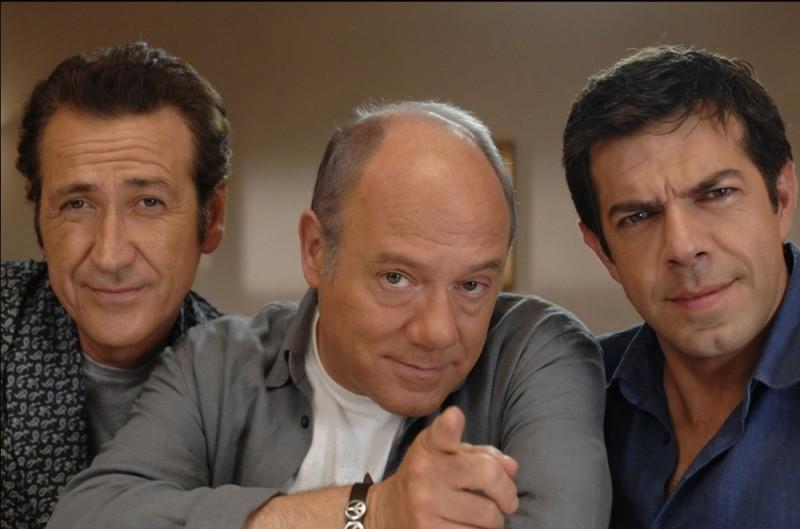 Marco Giallini, Carlo Verdone e Pierfrancesco Favino in una foto promozionale di Posti in piedi in Paradiso