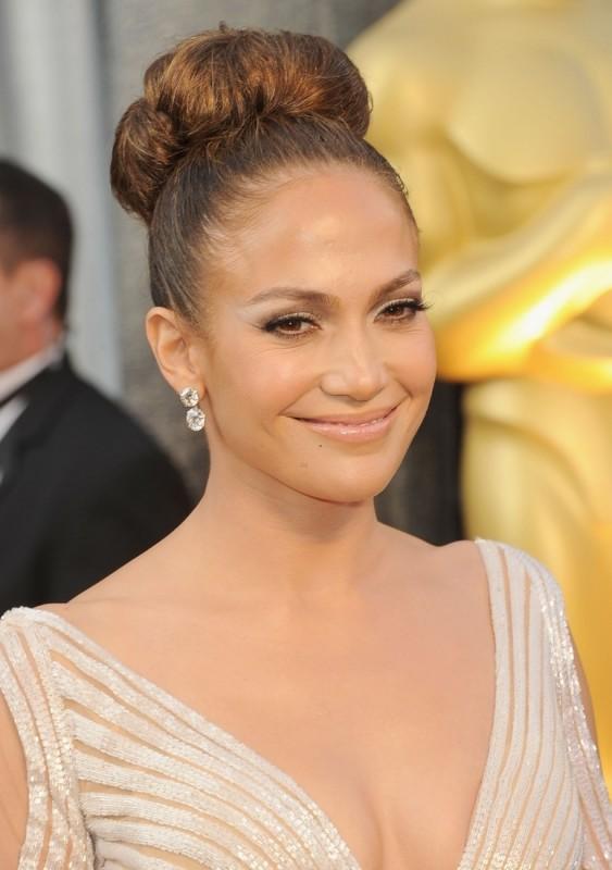 Oscar 2012: Jennifer Lopez sul red carpet