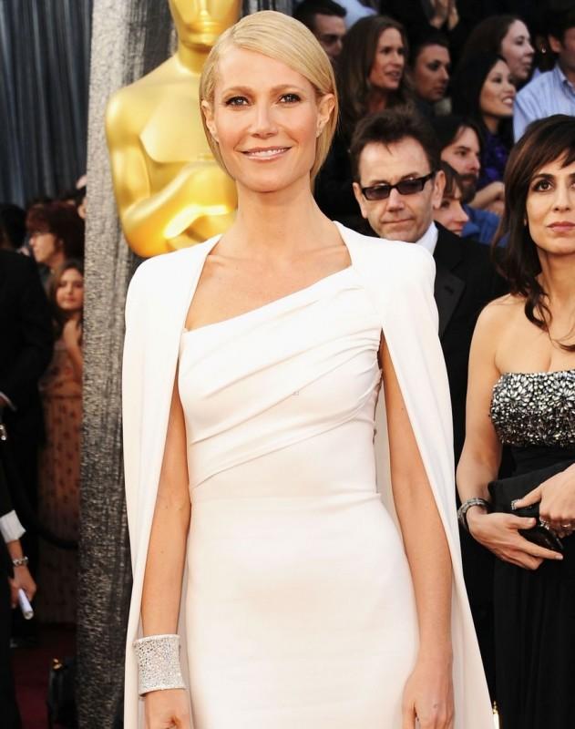 Oscar 2012: una splendida Gwyneth Paltrow sul red carpet