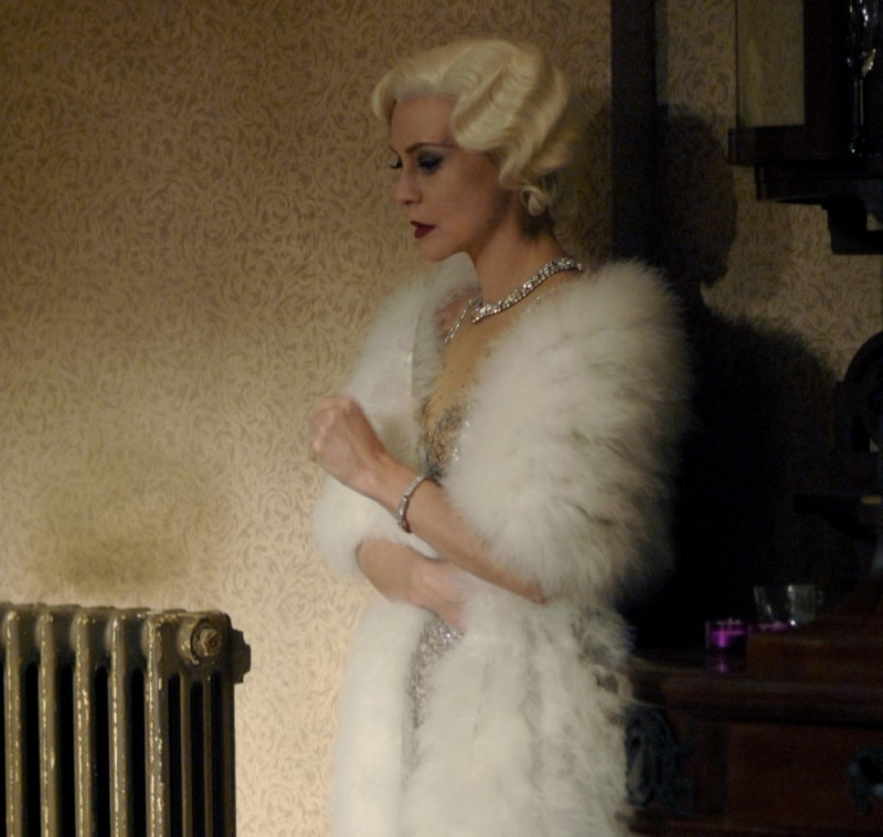 La splendida Margherita Buy in una scena del film Magnifica presenza