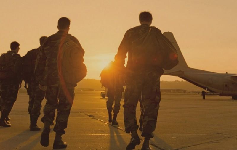 Act of Valor: i Navy Seals al tramonto in una scena del film
