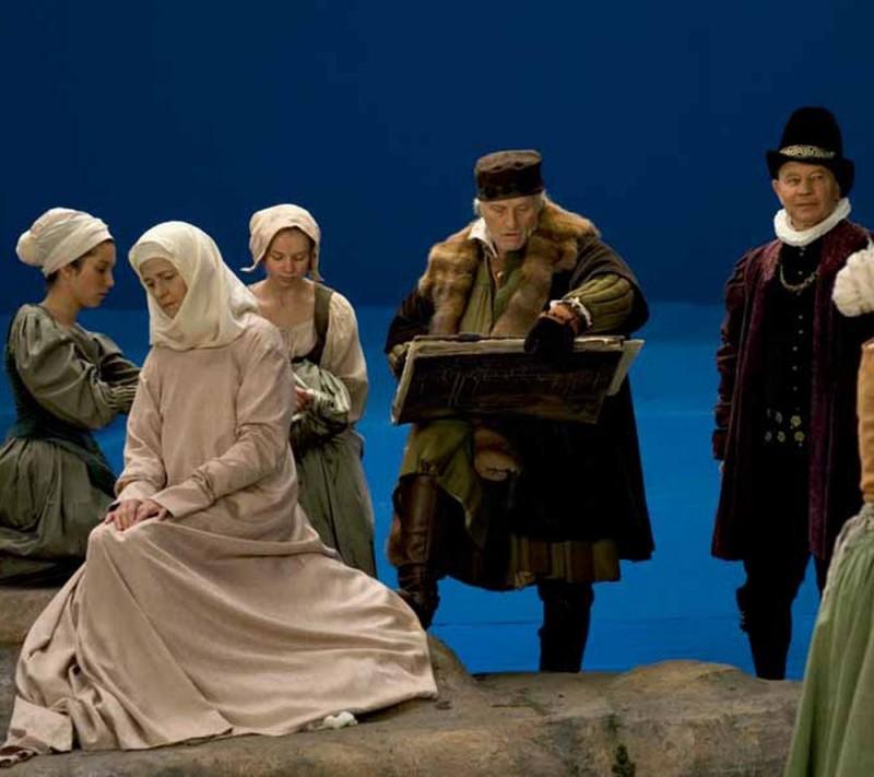 I colori della passione: Charlotte Rampling, Rutger Hauer e Michael York sul set del film