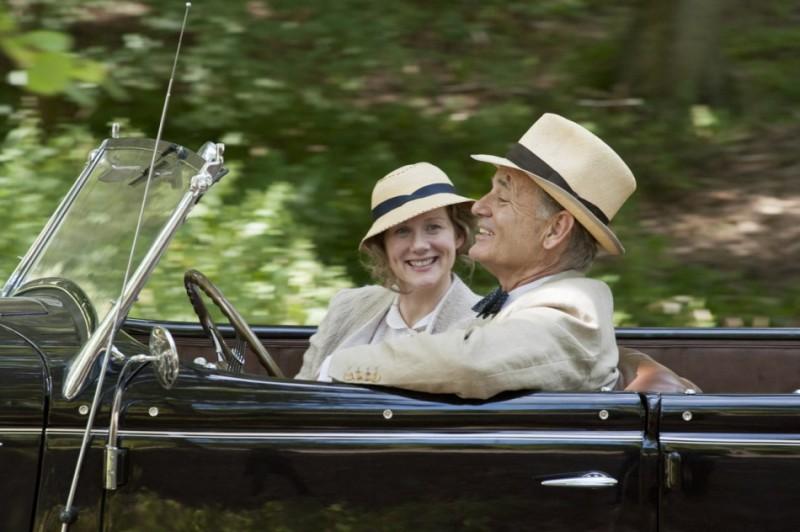 Bill Murray e Laura Linney in una scena di Hyde Park on the Hudson