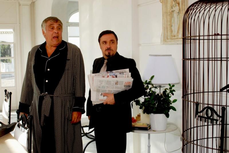 Buona giornata: Maurizio Mattioli in una scena del film insieme a Gabriele Cirilli