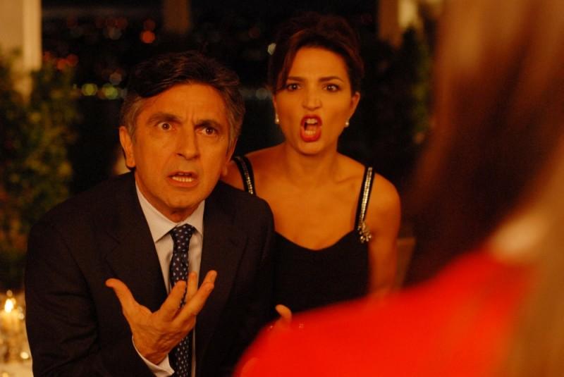 Buona giornata: Vincenzo Salemme in una concitata scena del film con Tosca d'Aquino