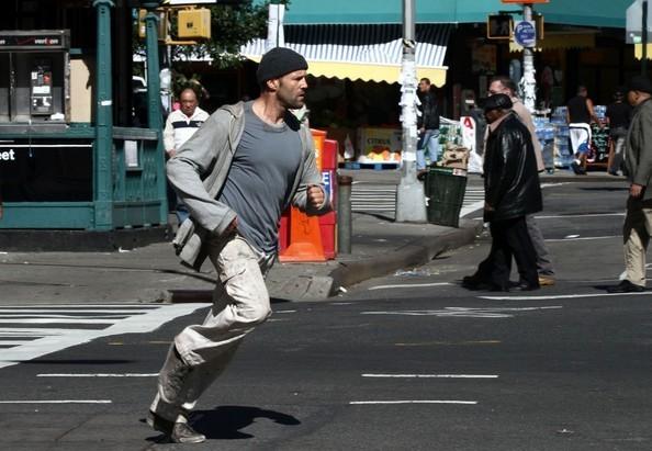 Jason Statham in Safe, action poliziesco del 2012