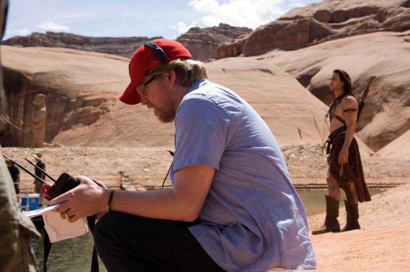 John Carter: il regista del film Andrew Stanton sul set con il protagonista Taylor Kitsch